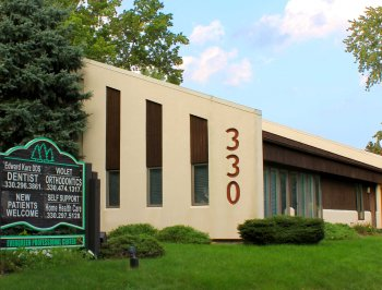 Dr. Kurz's dental practice is located in Evergreen plaza, located at 330 North Chestnut, Ravenna, Ohio, 44266 in Portage County